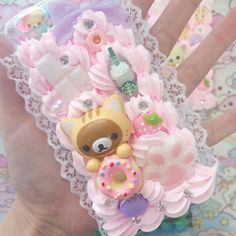 - Decoden and Resin - Phonecases Decoden Phone Case, Kawaii Phone Case, Girly Phone Cases, Diy Phone Case, Iphone Phone Cases, Kawaii Diy, Kawaii Crafts, Kawaii Room, Soft Grunge