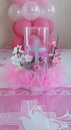 Centro de mesa para Bautizo o Primera Comunión. Christening Centerpieces, Baptism Party Decorations, Communion Centerpieces, Baptism Favors, Party Centerpieces, Baptism Ideas, First Communion Party, First Holy Communion, Baby Girl Baptism