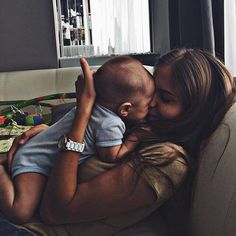 Sutton and Stella - family goals - So Cute Baby, Mom And Baby, Baby Love, Cute Kids, Cute Babies, Baby Kids, Couple With Baby, Baby Baby, Cute Family