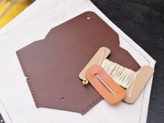 Envelope-shaped card holder Good sewing leather bag Free lettering handmade package Couple gift card holder Card holder Card holder Simple and practical Italian leather vegetable tanned leather DIY companion Leather cowhide - leatherism - DIY Kits Sewing Leather, Leather Bag, Vegetable Tanned Leather, Couple Gifts, Diy Kits, Italian Leather, Envelope, Card Holder, Wallet