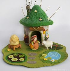 Willodel: Eco Friendly Sod Roof Gnome Home