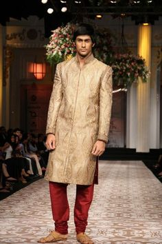 Aamby Valley Indian Bridal Fashion Week 2012 Azva and Anita Dongre