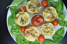 Healthy Egg Muffins with Tuna Healthy Savoury Muffins, Savory Breakfast, Muffins Sains, Keto Recipes, Healthy Recipes, Mets, Afternoon Snacks, Cottage Cheese, Healthy Life