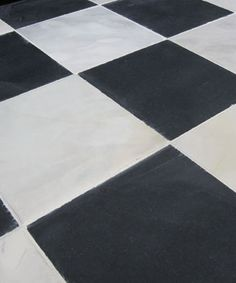 Belgravia Antiqued Stone Quarry Tiles   Authentically Aged Black U0026 White  Chequered Pattern. Sizes 280
