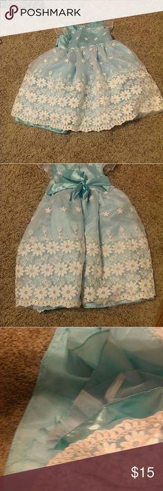 Blue girls dress Sweet heart Rose baby blue dress size 4 Sweet Heart Rose Dresses Formal