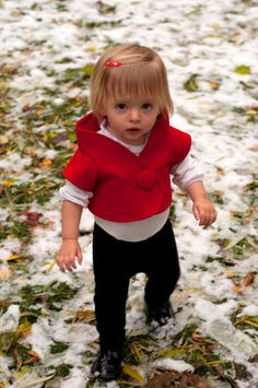 : Winnie the Pooh red vest tutorial and pattern