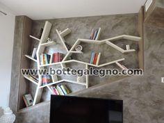 Libreria senza fissaggio sul muro