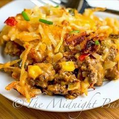 Mexicali Hashbrown Taco Casserole - sub tomato soup with a can of enchilada sauce. Taco Casserole, Casserole Dishes, Casserole Recipes, Taco Bake, Hashbrown Hamburger Casserole, Cornbread Casserole, Mexican Casserole, Enchiladas, Mexican Food Recipes