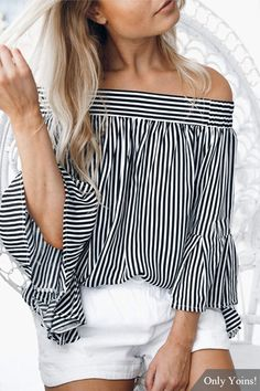 The Bayonne Off Shoulder Top in Stripe is definitely an essential this summer perfect when paired with white shorts.fit: standard sizing relaxed fit light weight fabric unlined off shoulder detai (Off The Shoulder Top With Shorts) Style Outfits, Mode Outfits, Casual Outfits, Style Clothes, Spring Summer Fashion, Spring Outfits, Off Shoulder Outfits, Off The Shoulder, Mode Style