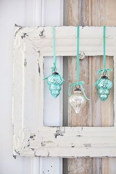 Adorable idea to frame my vintage ornaments - Dreamy Whites