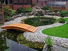 Gorgeous 75 Incredible Backyard Ponds and Water Garden Landscaping Ideas https://idecorgram.com/12787-75-incredible-backyard-ponds-and-water-garden-landscaping-ideas/