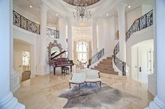 Who would not love to be part of this beautiful Mansion ...... Let's meet her