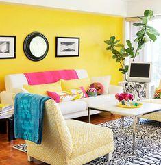 Sala de pared amarilla