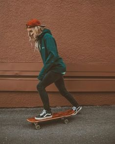 99 Affordable Tomboy Outfit Ideas For You To Try Asap - Skate girl -
