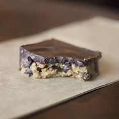 Chocolate Chip Cookie Bars That Are Healthy, With A Base Of Walnuts And Cashews