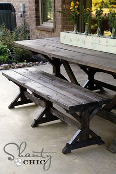 dining bench/picnic table  (plans at link to anna white) image from  http://www.shanty-2-chic.com/2012/09/diy-bench-farmhouse-style.html