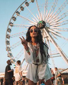 51 looks para ir curtir o primeiro dia de lollapalooza - garotas de saturno Music Festival Outfits, Coachella Festival, Festival Fashion, Festival Makeup, Music Festivals, Festival Looks, Festival Style, Art Festival, Arctic Monkeys