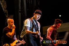 """26/04/14 - Welcome To Rockville (Avenged Sevenfold, a7x) """"what was the cords I was suppposed to be playing agian?""""-Johnny"""