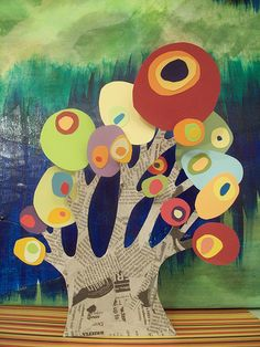 (Kandinsky) circle trees - interesting 3D application with this. Newspaper trunk - could try tea staining...