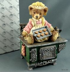 Brownstone Teddy Bear Cooks Delight Beatrice Music Box WindUp Make Someone Happy