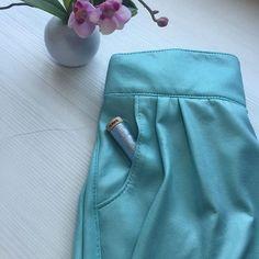 Yo digo verde, mi hija dice azul... ¿Qué dices tú? #enelblog  I say green and my girl says blue. Whah do You say?  #sewingforgirls #ottobredesing #ontheblog #aquacolor