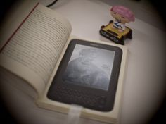 How to Make a Kindle Cover from a Hollowed Out Hardback Book « Tablet PCs, eReaders & iPads