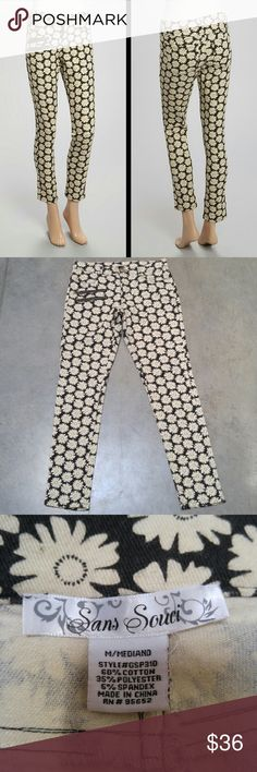 San Souci Black and Ivory Daisy Print Pants San Souci brand pants, size medium, in excellent used condition! Only sign of wear is pilling and fading on the crotch/butt (4th photo). These pants are so unique and comfortable! Outer material is almost like a corduroy. Zipper details on front are not real pockets. I think these are meant to be ankle pants. Please ask any questions. No trades. Make a reasonable offer. Thanks! San Souci Pants Ankle & Cropped