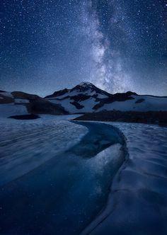 """Great Blue Wonders"" - South Sister peak, Three Sisters Wilderness, Oregon --- by the great photographer Marc Adamus Beautiful Sky, Beautiful Landscapes, Beautiful World, Sisters Oregon, Sky Watch, Sky Full Of Stars, Winter Landscape, Milky Way, Stargazing"