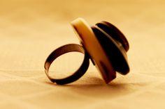Anello Bottone vintage pezzo unico Wedding Rings, Engagement Rings, Jewelry, Enagement Rings, Jewlery, Jewerly, Schmuck, Jewels, Jewelery