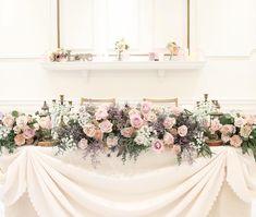 大人可愛い*儚げな《くすみピンク》がメインカラーの高砂テーブルデザインまとめ♡ | marry[マリー] Boho Flowers, Pink Flowers, Bridesmaid Dresses, Wedding Dresses, Banquet, Floral, Bridesmade Dresses, Bride Dresses, Bridal Wedding Dresses