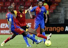 Cape Verde's midfielder Toni Varela fights for the ball with Angola's defender Pirolito. (Getty) Add World Football INSIDER on www.Twitter.com/WorldFBInsider & www.Facebook.com/WorldFootballInsider for the latest info on the world of #Football / #Soccer.