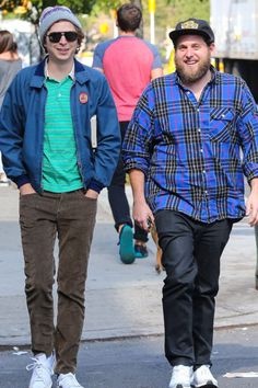 men outfits - Michael Cera and Jonah Hill's Reunion in NYC Is Anything but Superbad Jonah Hill, Michael Cera, Superbad, Hipster Man, Boy Hairstyles, Mens Clothing Styles, Mens Fashion, Guy Fashion, Men Casual