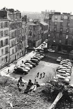 Belleville, Paris (Henri Cartier-Bresson, 1969)