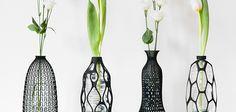 En Italie, le designer Libero Rutilo s'amuse à transformer les bouteilles en plastique usagées en vases grâce à l'impression 3D.