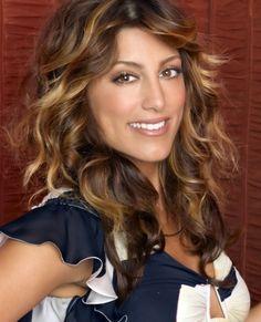 Jennifer Esposito hair color