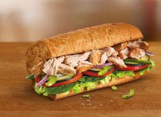 Each sandwich on the Subway® menu was carefully crafted for maximum flavor. Discover all of our tasty subs and melts, piled with all your favorite meats, cheeses, sauces, and vegetables. Diabetic Food List, Diabetic Snacks, Good Foods For Diabetics, Diabetic Recipes, Snacks Recipes, Healthy Recipes, Subway Sandwich Calories, Baguette, Subway Nutrition