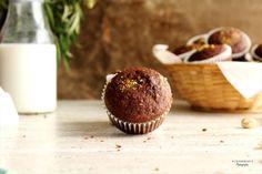 Para los amantes del chocolate y los plátanos... estos MUFFINS son lo más!!! Puedes ver la receta aquí >> http://www.fondant-cupcakes.com/cupcakes/2016/09/04/muffins_chocolate_platano #cupcakes #cakes #muffins #chocolate #platano #receta #dulce #comida #FONDART #ILOVECUPCAKES