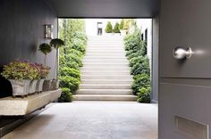 Amazing steps and entrance from: Inside an Unbelievably Chic Home in Madrid via Modern Exterior, Exterior Design, Interior And Exterior, Outdoor Spaces, Outdoor Living, Outdoor Ideas, Isabel Lopez, Lush, Outdoor Walkway