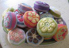 Ravelry: Haekelherz's Pin Cushions