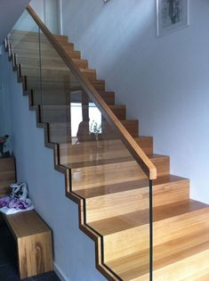 Modern Staircase Design Ideas – Staircases are so common that you don't give them a reservation. Check out best 10 examples of modern staircase that are as sensational as they are … Glass Stairs Design, Stair Railing Design, Home Stairs Design, Stair Handrail, Interior Stairs, House Design, Glass Stair Railing, Stairs With Glass, Rustic Stairs