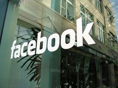 Facebook launches 'Marketplace' for members