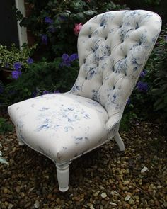 Antique Victorian Button Back Bedroom/Nursing Chair - Shabby Chic Roses by EllaJenkinsDesigns on Etsy Nursing Chair, Shabby Chic, Photography For Beginners, How To Make Light, Antique Furniture, Blue And White, Victorian, Couch, Bedroom