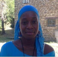Safina Anssumane Ali – Attrice Safina ha 28 anni e abita a Palma (la capitale dell'omonima provincia, nel nord del Mozambico) dove ha un piccolo negozio di generi alimentari. Timida, introversa, sul palcoscenico si accende! Canta e sogna di fare la cantante! Parla sia portoghese che swahili. http://www.ilteatrofabene.it/safina-anssumane-ali/ #mozambico #salute #teatro #africa #jacopofo #enifoundation