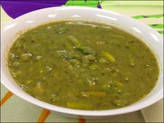 Springtime Fresh Pea and Asparagus Soup - perfect for the new season!
