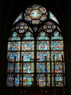Glas in lood / stained glass: Notre Dame Paris