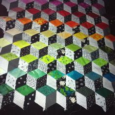 Tumbling Blocks Quilt, Quilt Blocks, 3d Quilts, Quilting, Cube, Blanket, Sewing, Color, Needlework