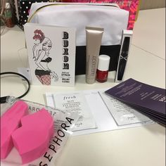 Sephora samples  This includes :    sample size Buxom lipgloss color Dolly Nude advance renewal serum 7 packs Sephora mascara X formula nail polish Laura Mercier foundation primer fresh soy cleanser2 make up sponges and the black & white make up bag  Sephora Makeup Face Primer