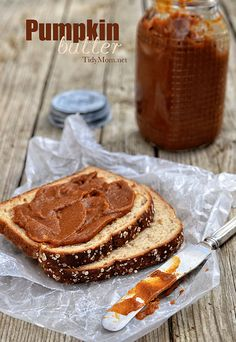 Easy and Delicious Homemade Pumpkin Butter at TidyMom.net
