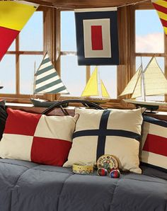 Nautical Interior, Nautical Bedroom, Nautical Pillows, Nautical Design, Seaside Bedroom, Vintage Nautical Decor, Coastal Interior, Interior Design, Design Design