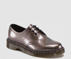 1461 dr marteens 125€ http://www.drmartens.com/fr/Femmes/Femmes-Chaussures/Dr-Martens-1461---Chaussures/p/10084653